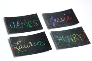 diy-crayon-place-cards-for-parties